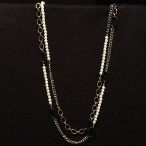 Jewelry - ** 3 for $45 SALE ** Fragments Necklace